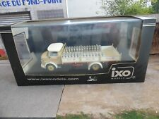 IXO models 1/43 CAMION MERCEDES BENZ LP1113 PLATEAU transport lait REF TRU009 !!