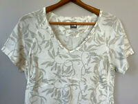 The North Face Womens T Shirt V Neck Floral Short Sleeve Lightweight White sz L