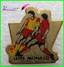 Pin's pins Badge équipe de Football LENS MONACO plastique  #E4