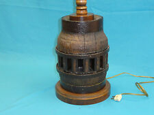 ANTIQUE RUSTIC HAND MADE OAK WAGON WHEEL HUB TABLE LAMP