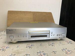 Pioneer DV-868 AVi-s DVD Super Audio CD SACD Player 5.1 RCA Output HDMI Digital