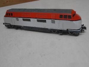 Trix Express V 200 rot/beige