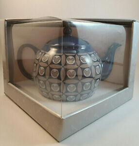 Mickey Mouse Icon Teapot - Blue  Disney Park Official   New in Box - Never Used