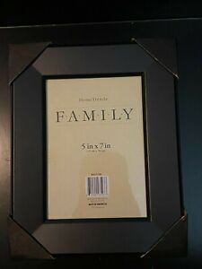 """***PACK OF FOUR*** 5""""x 7"""" Black finish Home Trends Picture/Photo Frame Matted"""