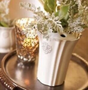 "Southern Living At Home ""Arrange It Easy"" Bud Vase"