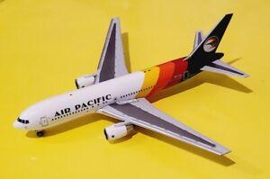 Aeroclassics 1:400 Air Pacific 767-200 DQ-FJA