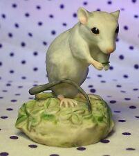 Vintage 1970 CYBIS Porcelain Mouse Figurine IN CLOVER Eating Leaf MINT Signed