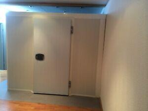 Kühlhaus Kühlzelle Tiefkühlzelle Kühlhaustür Kühlraum