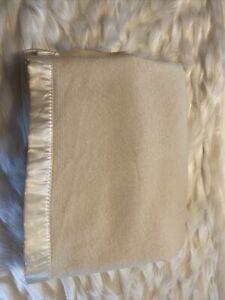 "Vintage Unbranded Wool Blanket Ivory Satin Trim Bedding 70"" x  88"" EUC"