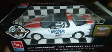 AMT 1997 CAMARO Z28 30TH ANIVERSARY PACE BRICKYARD 1/25 MODEL CAR MOUNTAIN