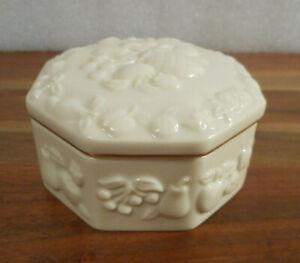 "Vintage 3"" x 3"" x 1½"" Tall White Porcelain LENOX Trinket Keepsake Box"