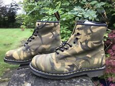 DR. MARTENS  MENS 1460 GREEN CAMO SUEDE 8 Eye BOOTS SIZE UK 10 EU 45