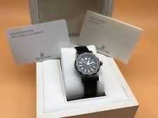 Swarovski Armbanduhr mit Verpackung. Top Zustand