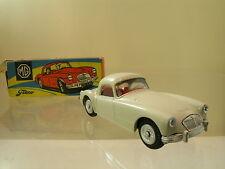 TEKNO DENMARK 824/153 MG A COUPE 1959 COLOUR CREAM-WHITE + BOX SCALE 1:43