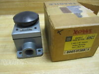 Allen Bradley 800T-1T2BB Push Button 800T1T2BB Series A