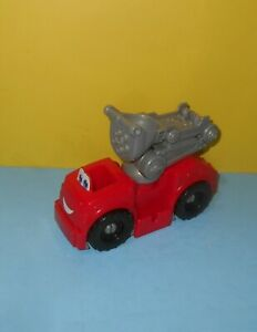 Hasbro Play-Doh Diggin' Rigs Boomer The Fire Truck Vehicle Toy