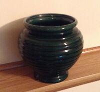 Hull Pottery Dark Moss Green Urn-Vase, Vintage 1960s