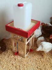 BEBEDERO automático para aves con 4 surtidores. Grande xl