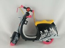 Monster High Werecat Sisters Meowlody & Purrsephone's Scooter Motorcycle