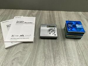 Sony MZ-R501 Personal MiniDisc Player & Recorder with 12 Recordable Discs 401442