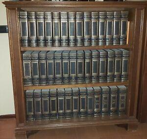 Enciclopedia Treccani, ed. 1949, con mobile su misura in massello
