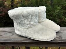Cuddl Duds White Faux Fur Bootie Slippers Women's US Size L 9-10