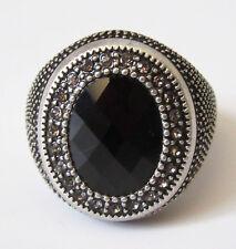 SU6 Premier Designs Jewelry Onyx Ring Size 7 RV$49