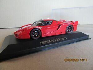 628N IXO Models FER031 Ferrari Fxx 2005 Red & White 1:43 +Box