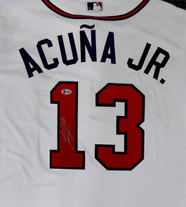 Braves Ronald Acuna Jr. Auto Majestic Jersey Size L (Mark) Beckett Y10984