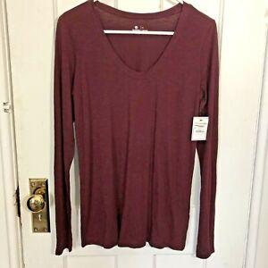 Susina Shirt Size S Long Sleeve Burgundy Scoop Neck Tee Tshirt Top