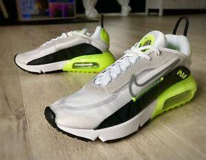 Nike Air Max 2090 Gr. 41 Future Volt Weiß Grau Neon Gelb Sneaker Schuhe