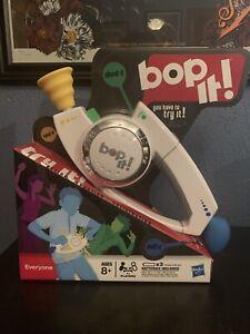 Bop It Talking Handheld Electronic Reflex Game White Hasbro 2008 New
