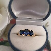 Vintage Jewellery Gold Ring with Blue White Sapphires Antique Deco Jewelry 9 S