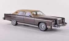 "Lincoln Continental Towncar ""Brown Metallic"" 1977 (Neo Scale 1:43 / 44421)"