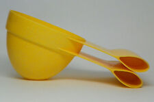 Dog Food Bag Clip & Scoop for Dry Food, with 1 & 2 Cup Markings, Yellow Plastic