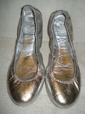 100% AUTHENTIC USED WOMEN TORY BURCH SILVER EDDIE BALLERINA FLAT US 6.5