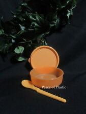 Tupperware New Orange Small Wonder Bowl w/ Seal Baby Hang On Spoon