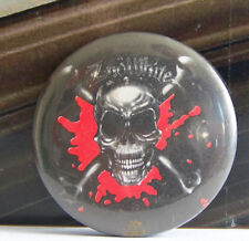 Rare Vintage Pin Metal Pinback 1980s 80s Retro Metal Zno White Skull n Bones