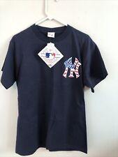 Vintage 2001 9/11 Twin Towers Ny Yankees Majestic Baseball Memorial 9-11 T Shirt