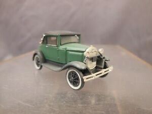HO SCALE CUSTOM WEATHERED LAYOUT VEHICLE FORD MODEL A COUPE GREEN BV240
