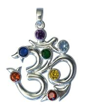Yoga Anhänger Engelflügel mit 7 Chakra Steinen auf einer Kugelkette oder Schnur