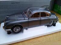 PARAGON 98322R 98323R JAGUAR Mk.II 3.8 model cars Carmen red Gunmetal 1962 1:18