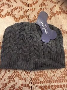 Unisex Doggie Light Gray Cable Knit Tobaggan Hat Size M/L NWT Keep Ur Baby Warm!