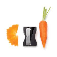 Karoto Karotten Spitzer Gemüseschäler und Gemüsepitzer 2 in 1 Schäler schwarz