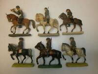 Konvolut 6 alte Hausser Elastolin usw. Massesoldaten Reiter Kavallerie zu 7cm
