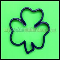 ST PATRICKS DAY SHAMROCK COOKIE CUTTER - 9cm high x 8cm wide