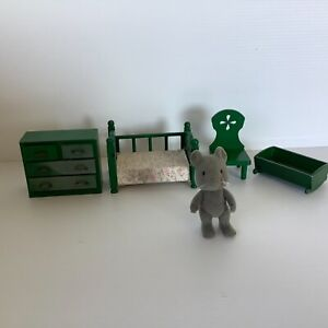 5 Pieces Sylvanian Families Bedroom Furniture crib cradle drawers 1985 Epoch