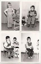 4 x DDR Foto Kinder mit Spielzeug W50 Kipper Dumper Puppe Plüschtier 1980er !