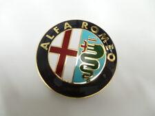 Alfa Romeo Mito Giulietta vorne Emblem Scudetto Original Badge Logo 50521448