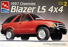 Chevrolet Blazer LS 4x4 1997 1:25 Kit Construcción